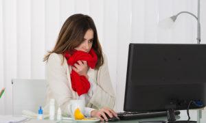 Nhiệt độ phòng quá lạnh có thể khiến phái đẹp khó làm việc