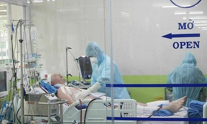 '10 ngày kinh hoàng' với bác sĩ và bệnh nhân phi công