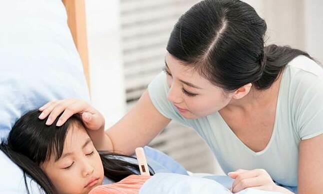 Mẹo phòng ngừa cơn sốt cho trẻ dưới 6 tuổi vào mùa đông