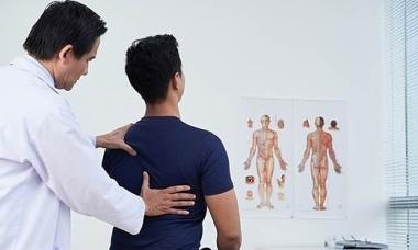 Nguyên nhân, dấu hiệu và cách điều trị gai cột sống