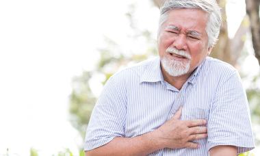 Đau thắt ngực cảnh báo nhiều bệnh lý nguy hiểm