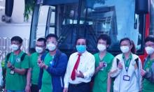 Sinh viên y khoa tham gia 'taxi vận chuyển F0'