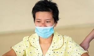 Nữ điều dưỡng vượt cửa tử: 'Một ngày dài như một năm'