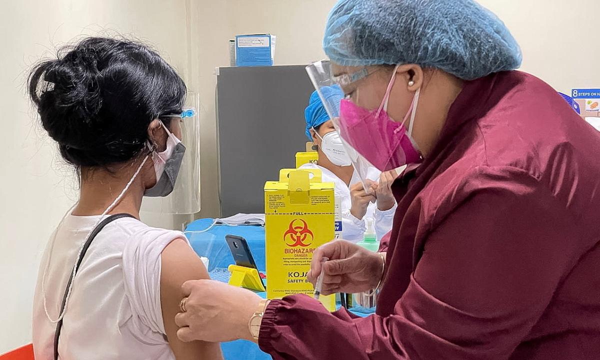 Thế giới tiêm vaccine Covid-19 trẻ em thế nào